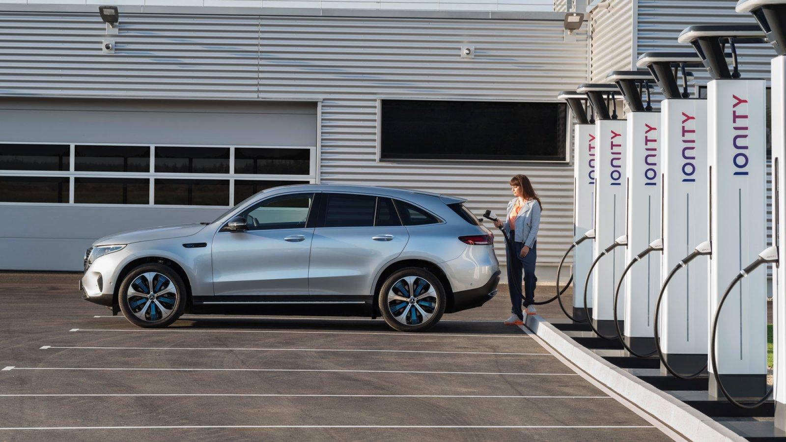 I laddstationer från Ionity kommer det att gå att ladda en elbil på ca 10 minuter.