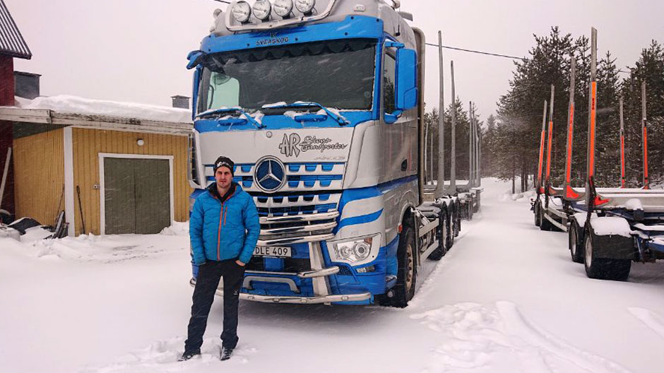 74-tons-arocs-timmer-transport-in-sweden-940-05
