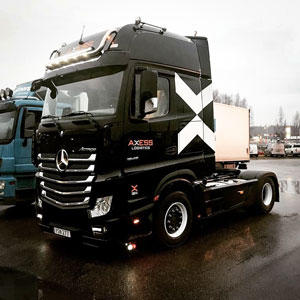 car-transport-with-actros-and-semi-trailer-300-05