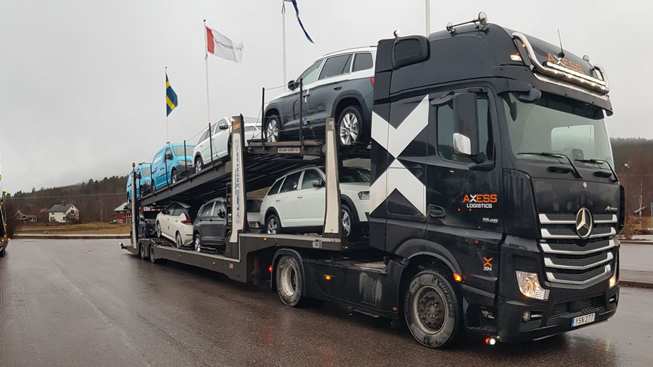 car-transport-with-actros-and-semi-trailer-940-03