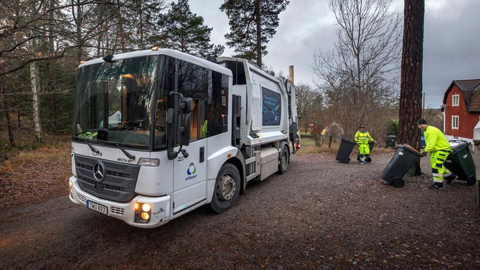 garbage-trucks-run-on-biogas-in-stockholm-940-07