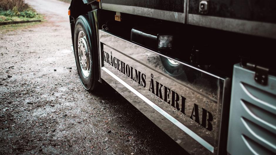 opera-trucking-940-03