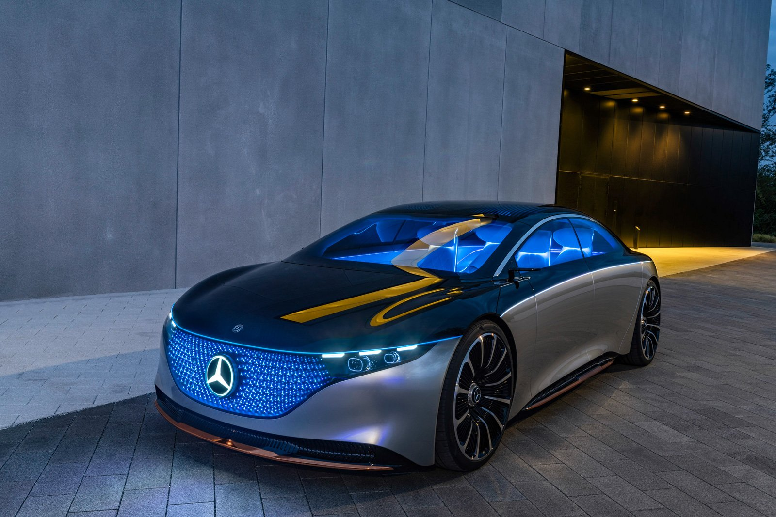 mercedes-benz-vision-eqs-05
