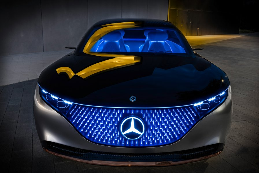 mercedes-benz-vision-eqs-11
