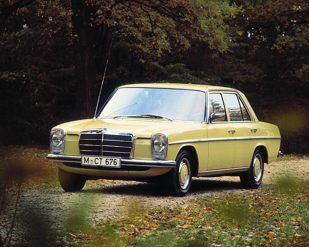 W115:240D_1974