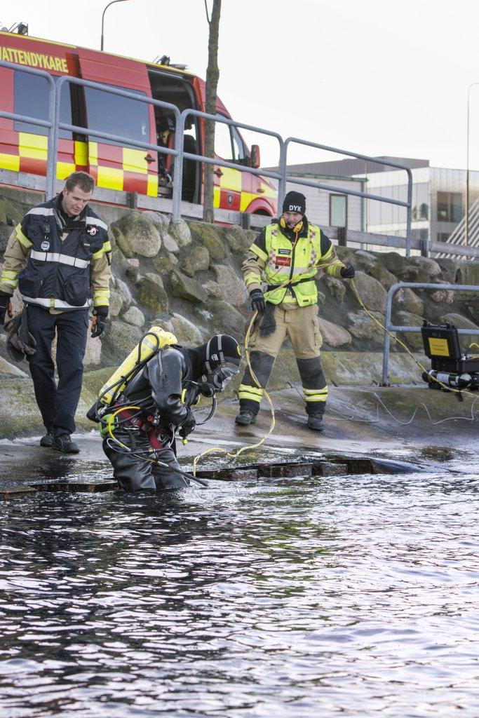 Räddningstjänsten Syd, Dykbuss Foto: Stefan Nilsson, ph: +46703399111 Copyright: Bildbyrån SYD, mail: bilder@mac.com