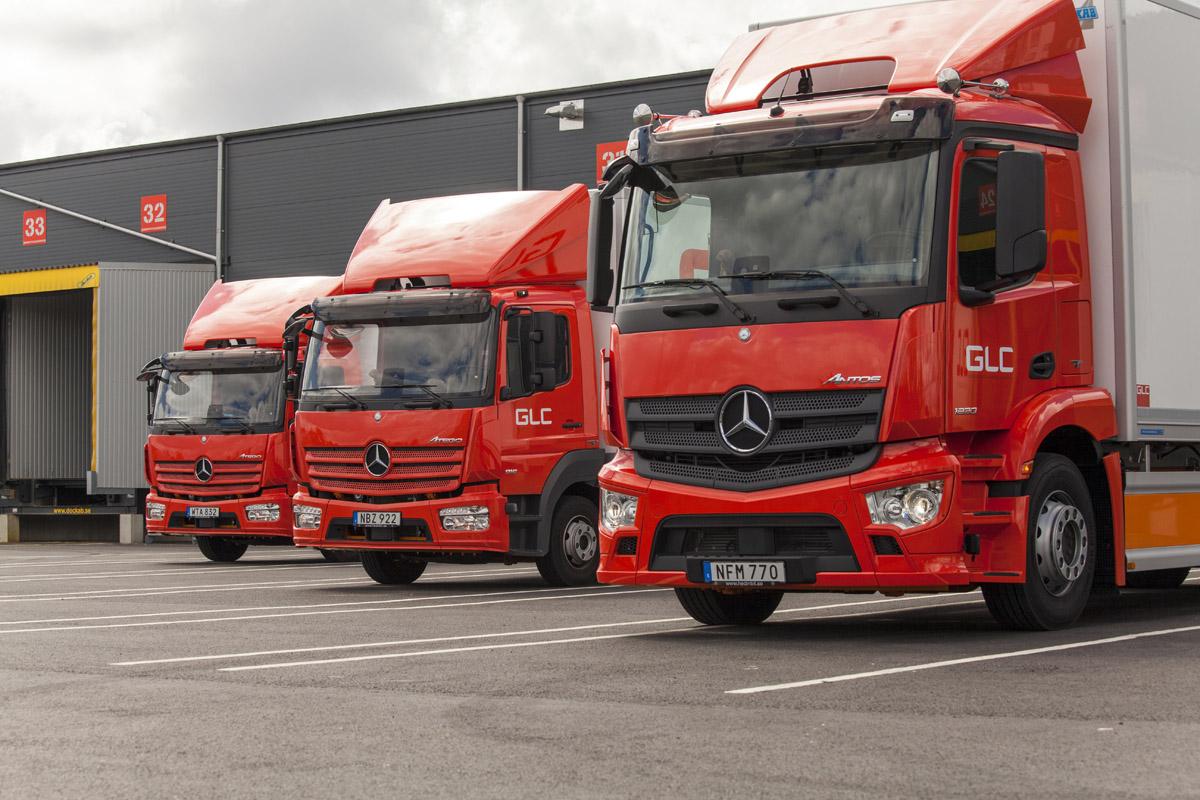 Alla nya bilar hos Österbergs Åkeri är Mercedes.
