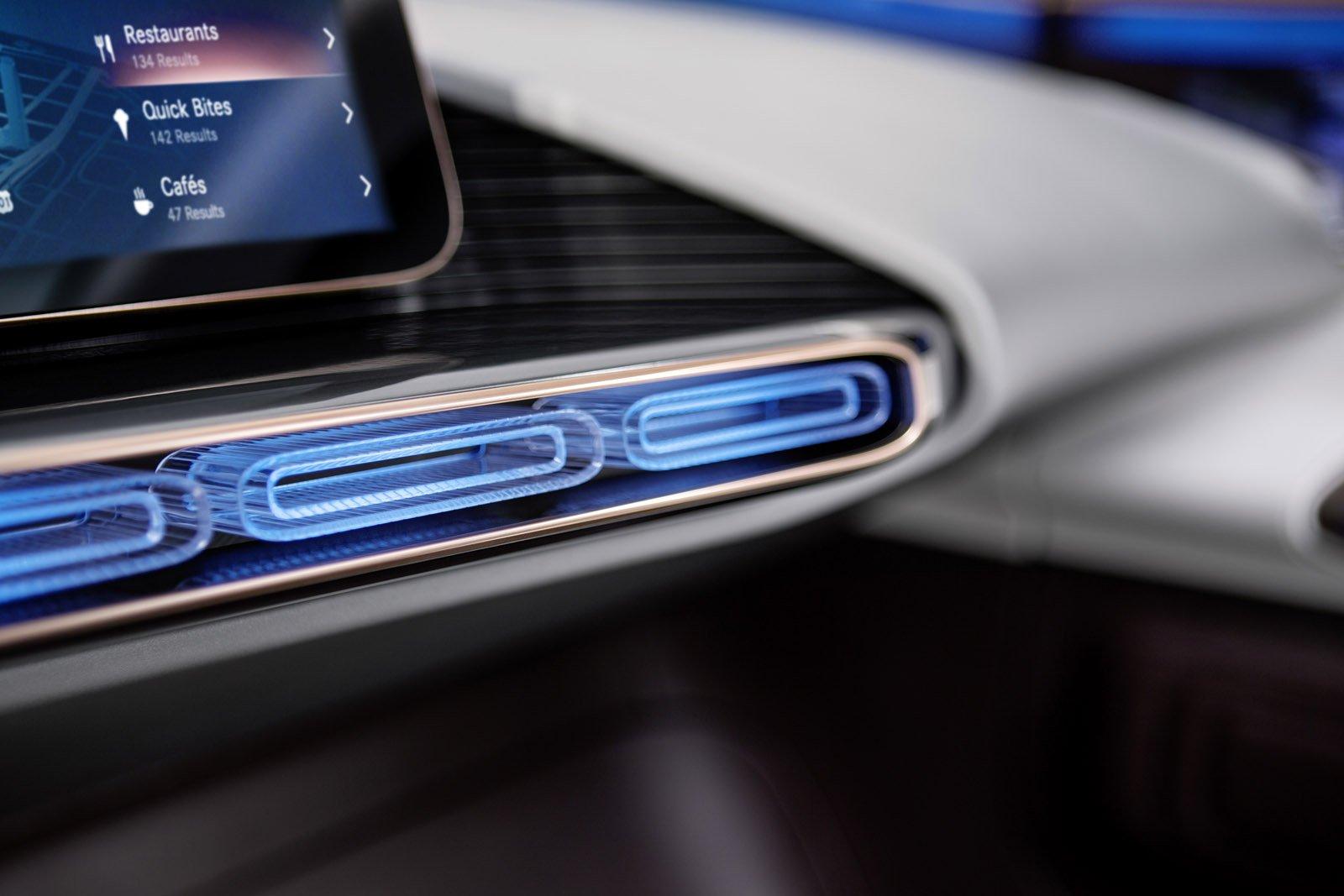 Generation EQ har en interiör med en ny electro-look.