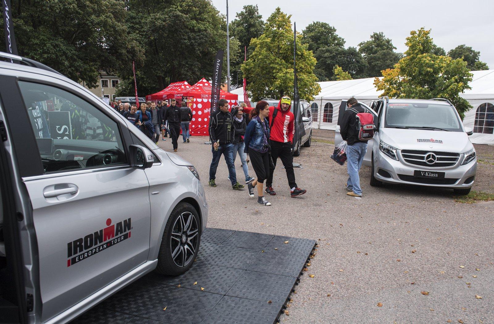 20160817 KALMAR. Fotografering av Mercedes marknadsaktiviteter samt Åsa Lundström under Mini-Tri i Kalmar. Foto:SUVAD MRKONJIC Code10042