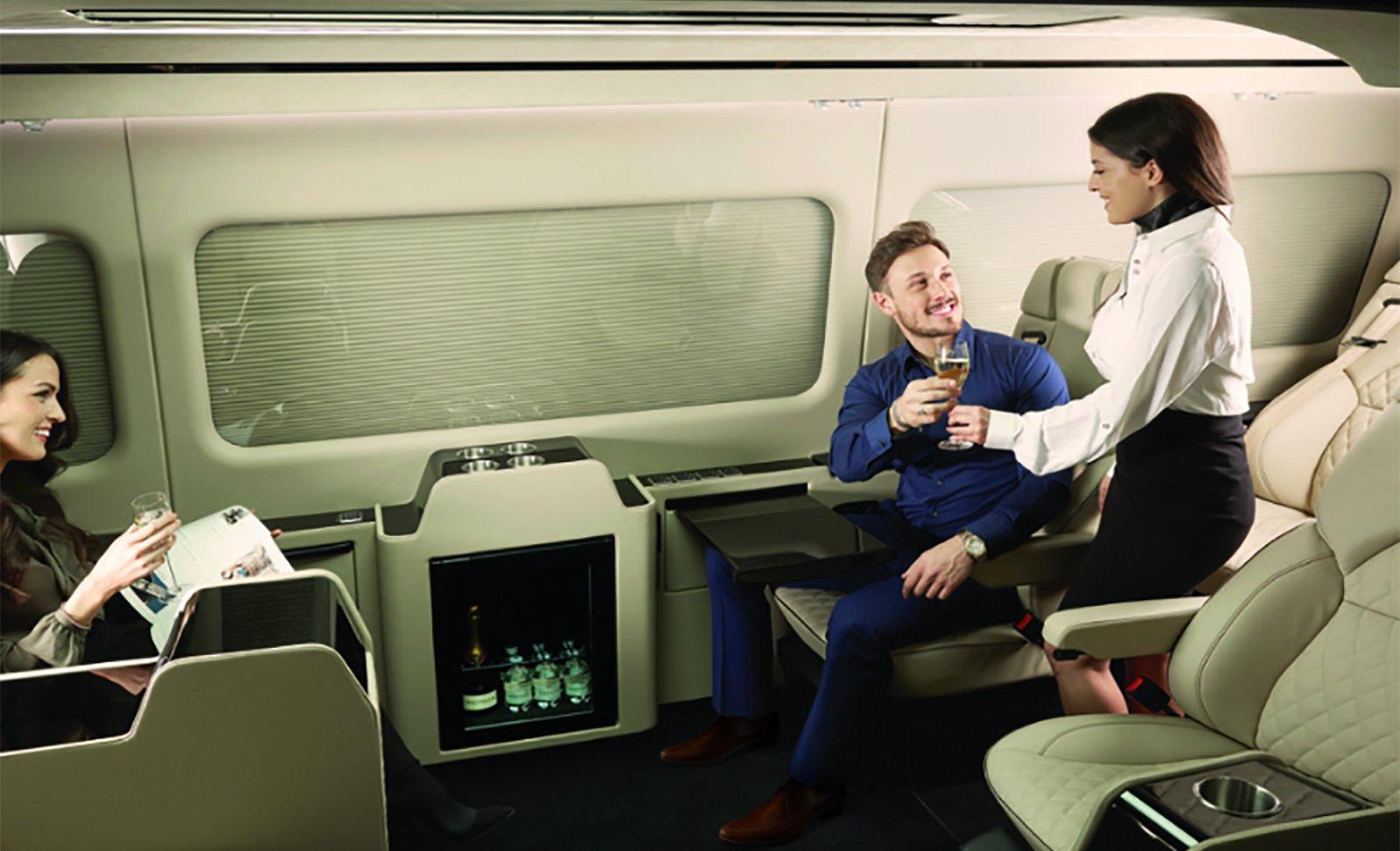 I en Senzati kan du få uppleva lyx annars förunnat de som har råd med ett eget jetplan.
