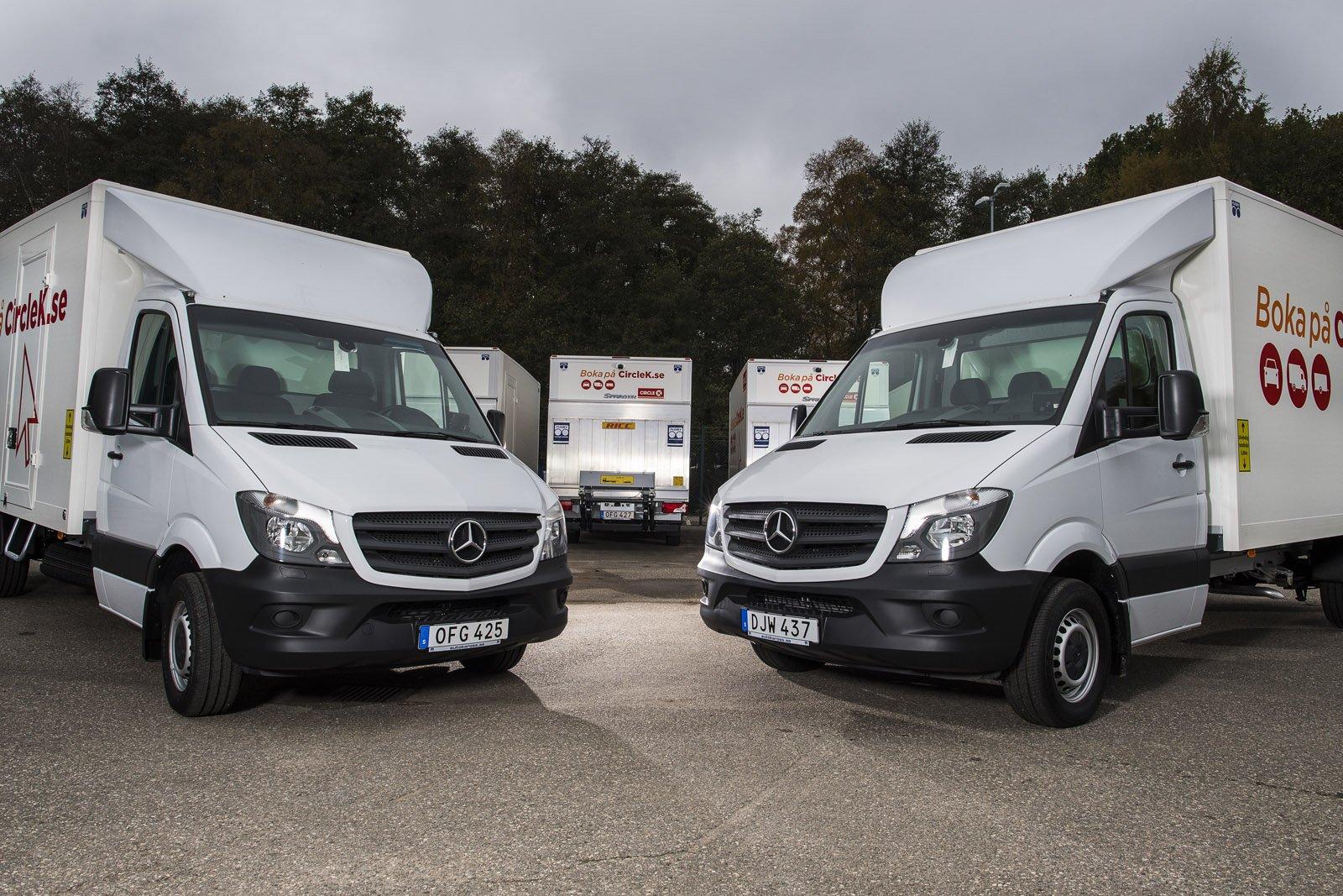 Autokaross är första påbyggnadsföretag i Sverige som är Van Partner med Mercedes-Benz, något som innebär att de är godkända när det gäller produkt, kvalitet och ekonomi samt har ett fungerande kvalitets- och miljöledningssystem.