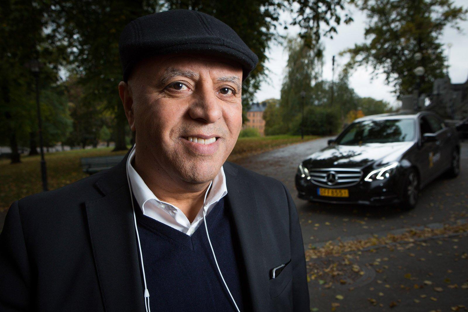 Mondher Riahi är en av chaufförerna som arbetar för mytaxi i Stockholm.