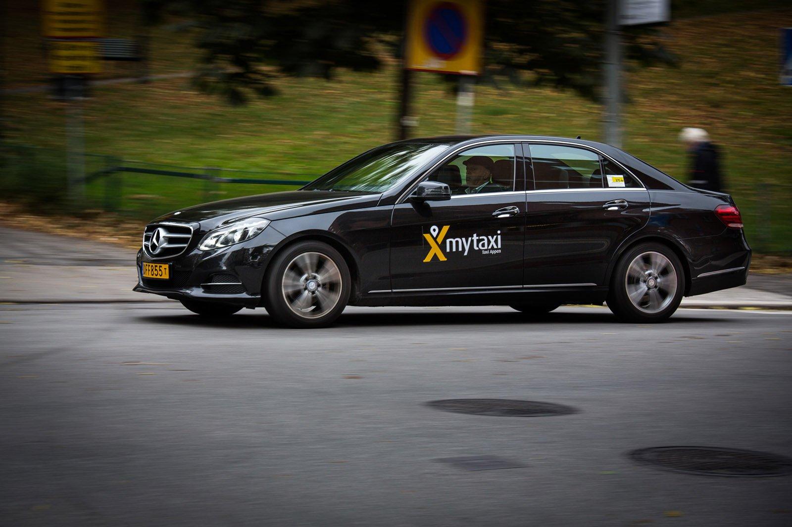 mytaxi en ny app som kopplar samman taxiförare och kund.