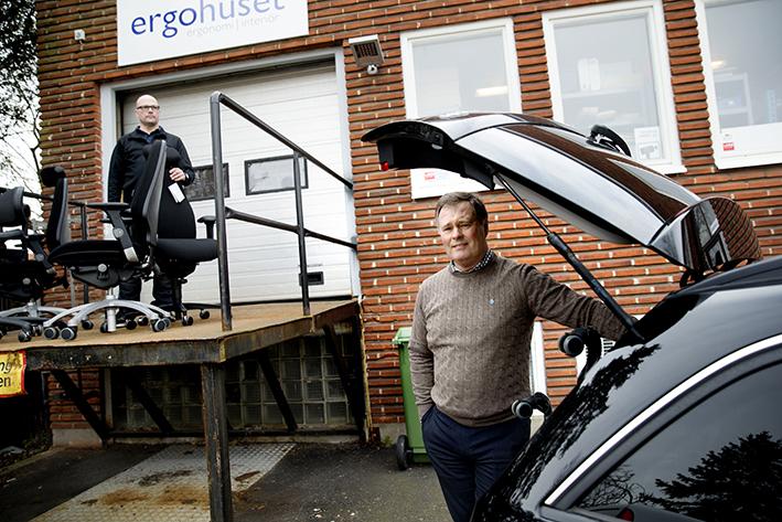 Tekniker Martin Johansson och VD John Eriksson på Ergohuset i Malmö. Foto Emil Malmborg
