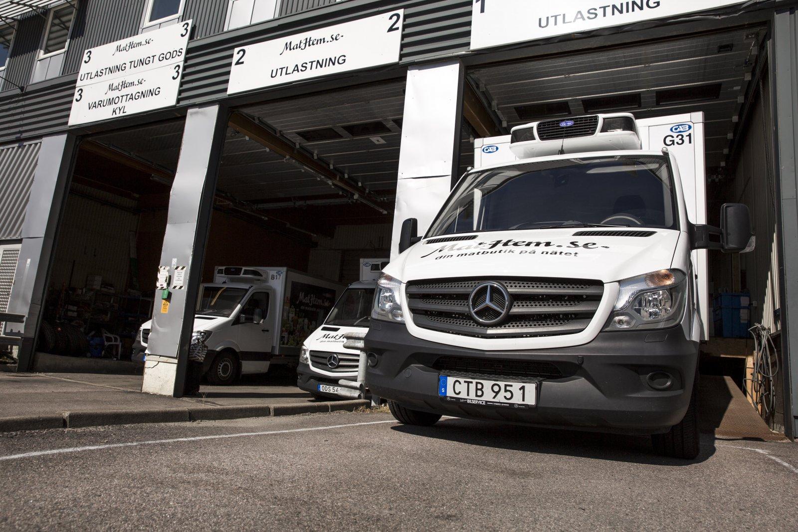 Bilarna utgår från Stockholm, Göteborg och Malmö och kör från tidig morgon till strax före midnatt.