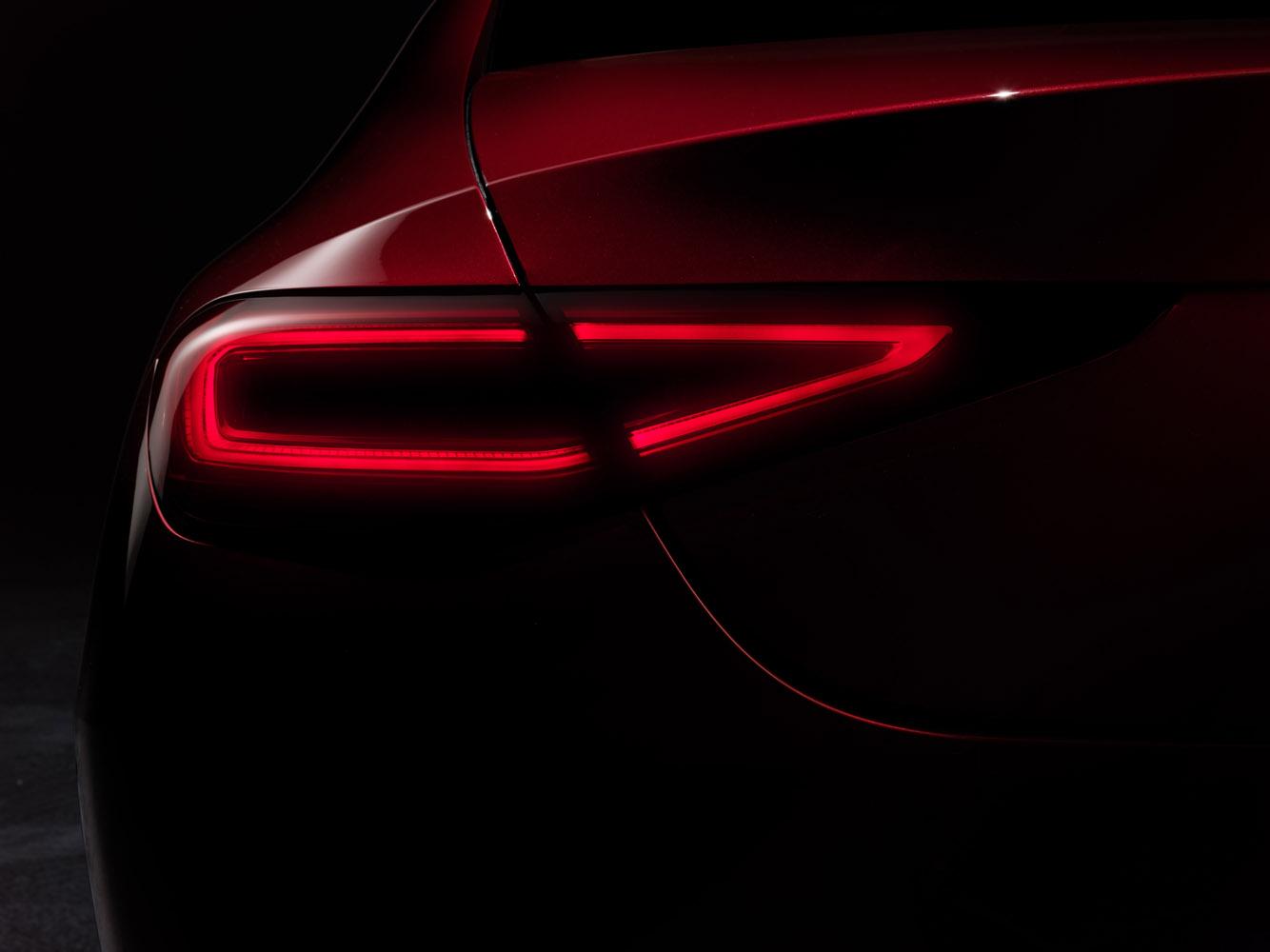 Mercedes-Benz CLS, 2017, hyacintröd metallic