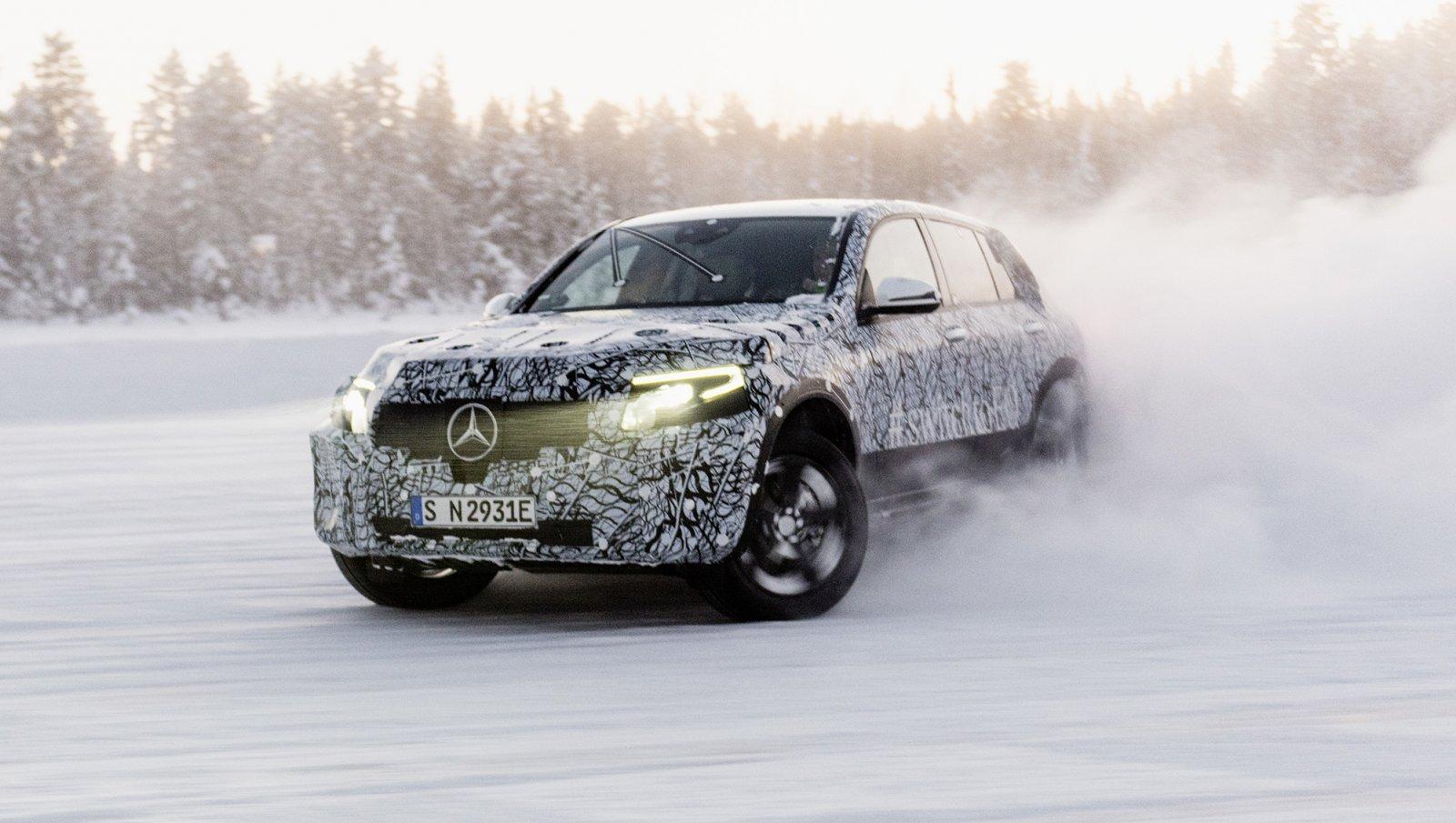 Mercedes-Benz EQC vintertest i Arjeplog