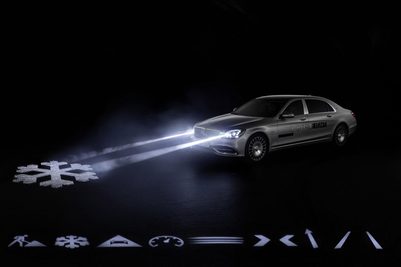 Mercedes- Benz DIGITAL LIGHT: Die revolutionäre Scheinwerfertechnologie DIGITAL LIGHT mit nahezu blendfreiem Fernlicht in HD-Qualität und mit mehr als zwei Millionen Pixel Auflösung steht für höchste Präzision, optimale Sicht des Fahrers nahezu ohne Blendwirkung sowie für Performance, Fahrassistenz und Kommunikation. Mercedes- Benz DIGITAL LIGHT: The revolutionary headlamp technology DIGITAL LIGHT with almost dazzle-free main beam in HD quality and a resolution of more than two million pixels represents highest precision, optimal view for the driver almost without dazzling effect as well as performance, driver assistance and communication.