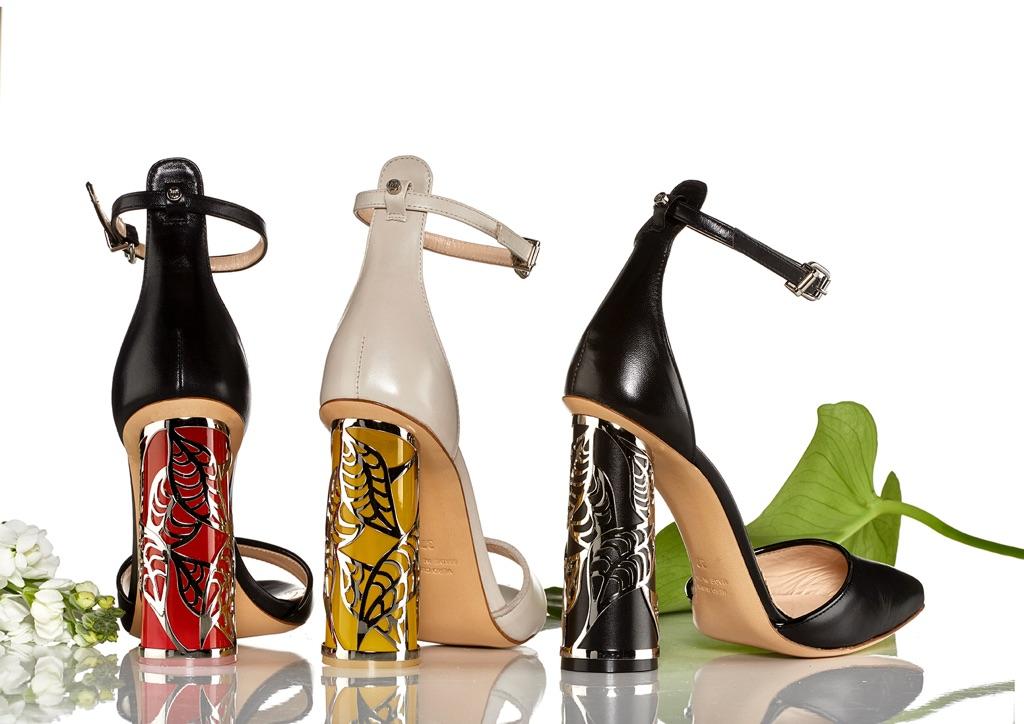Rebeccas skor kännetecknas av exklusiva material, italienskt hantverk och en omisskännligt personlig design med tydliga nordiska influenser.