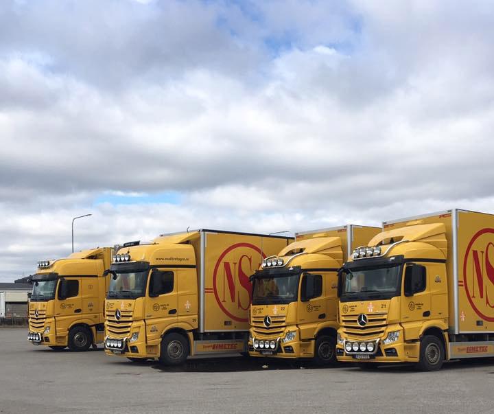 Fyrtal i Mercedes-Benz Lastbilar. Bilden är inskickad av Stefan Andersson